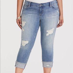 Torrid Distressed Boyfriend Jeans Size 18